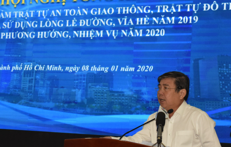 Chủ tịch Nguyễn Thành Phong: 'Anh Thảo xuống mà xem, không còn lòng lề đường để đi!'