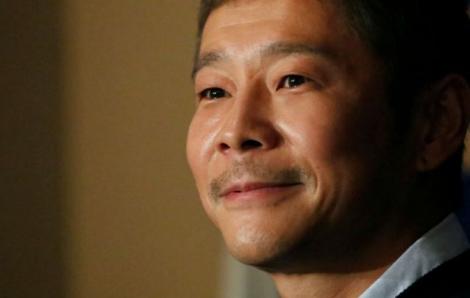 Tỷ phú Nhật Bản tặng 9 triệu USD cho những người theo dõi trên Twitter