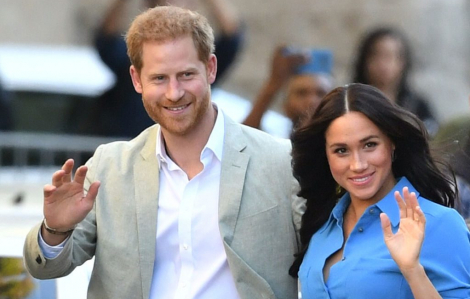 Vợ chồng hoàng tử Harry và Meghan Markle muốn rút lui khỏi vai trò Hoàng gia