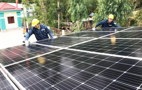 Các dự án điện mặt trời áp mái: Vẫn được tiếp tục thu mua điện