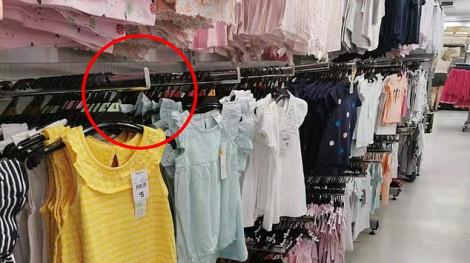 Bé gái rách toạc mí mắt, suýt mù vì té vào móc treo quần áo ở siêu thị