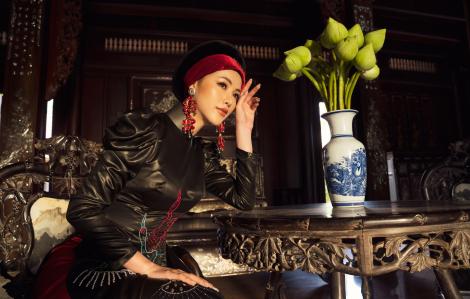 Hoa hậu Phương Khánh kiêu kỳ với lụa