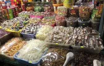 Thực phẩm 'nhà làm' thì để nhà ăn, mang ra bán phải chịu trách nhiệm