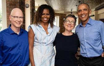 Cựu Tổng thống Obama mừng sinh nhật vợ gây bão mạng xã hội