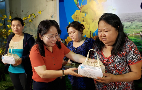 Nữ công nhân xa quê đón tết ấm áp giữa lòng Sài Gòn