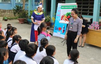 FrieslandCampina Việt Nam cùng Hội LHPN Việt Nam mang xuân đến người nghèo