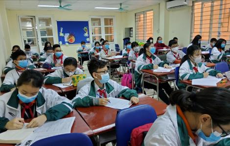 Nhiều trường phát khẩu trang miễn phí, vẽ tranh cổ động chống dịch nCoV