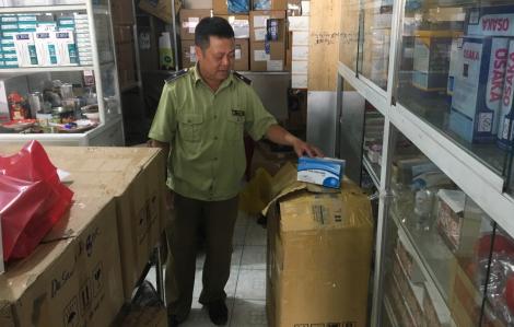 Đồng Nai phát hiện 3 nhà thuốc đẩy giá khẩu trang, TPHCM ra quân xử lý cơ sở 'thổi' giá