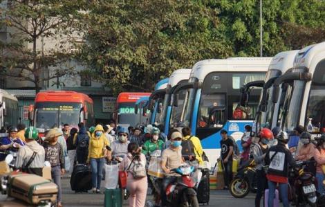 Nhiều nhà xe miễn phí vé sinh viên, giáo viên về quê tránh dịch corona