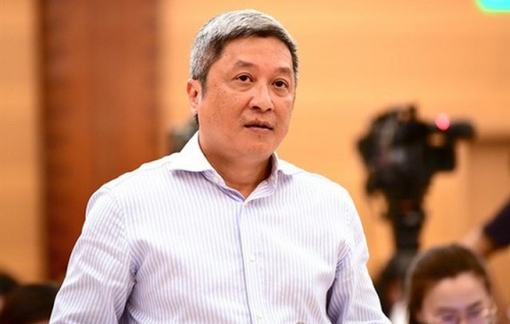 Clip: Thứ trưởng Bộ Y tế nói gì về đường lây nhiễm virus corona qua 'khí dung'?