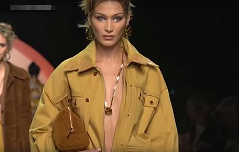 Clip: Dàn mẫu không mặc nội y trình diễn tại 'Milan Fashion Week 2020'