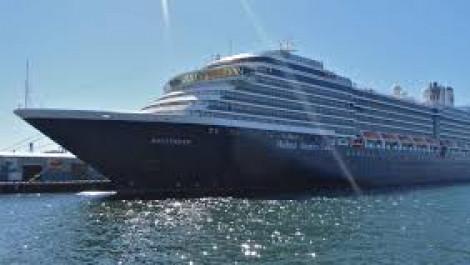 Thái Lan từ chối cho khách du thuyền từ Hồng Kông lên bờ