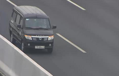 Đi ngược chiều trên cao tốc, tài xế bị xử phạt 17 triệu đồng