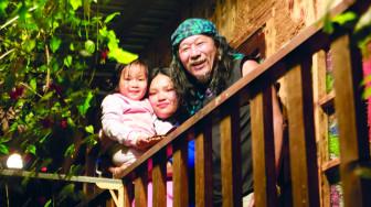 Nghệ sĩ nhiếp ảnh Phước Khùng MPK: 'Tiên ơi mình về ở với nhau trong nghèo khó đi'