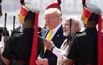 Tổng thống Donald Trump đến Ấn Độ, bắt đầu chuyến công du 2 ngày
