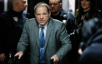 'Yêu râu xanh Hollywood' Harvey Weinstein bị tuyên gần 30 năm tù về tội hiếp dâm