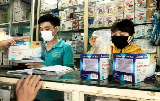 TPHCM cung ứng 2,5 triệu khẩu trang mỗi ngày, sao vẫn khó mua?