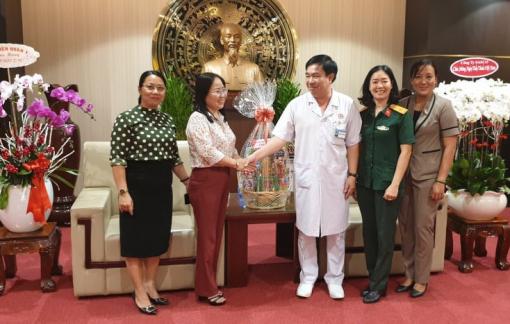 Tri ân Người thầy thuốc Việt Nam
