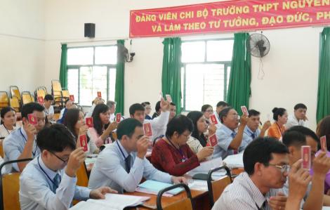 Đại biểu lo tăng trưởng kinh tế TPHCM bị ảnh hưởng vì dịch bệnh COVID-19