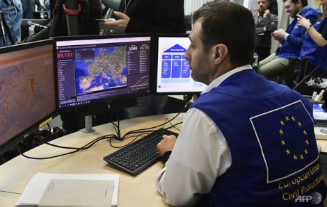 Một nhân viên EU tại Bỉ bị nhiễm COVID-19, Iran thiếu giường bệnh, nước sát trùng