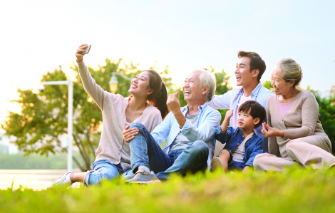 Lên án con cái ngược đãi cha mẹ già, đừng vội quy chụp!