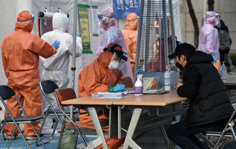 Số người chết và nhiễm mới COVID-19 tại Ý tăng vọt, Anh và Thụy Sĩ có ca tử vong đầu tiên