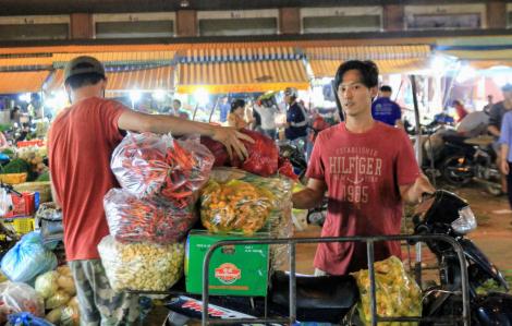Nông sản Trung Quốc bắt đầu về lại các chợ đầu mối TPHCM