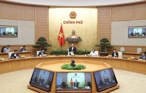 """Thủ tướng Nguyễn Xuân Phúc: """"Dịch bệnh làm chúng ta khó khăn gấp đôi nhưng chúng ta phải cố gắng gấp ba"""""""