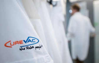 Mỹ tìm cách chiêu dụ nhà sản xuất vắc-xin COVID-19 từ Đức để chiếm thế độc quyền