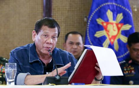 Chỉ người âm tính với COVID-19 mới được đến gần Tổng thống Philippines