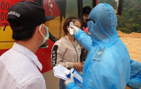 Cửa khẩu Cha Lo Quảng Bình cách ly 45 người từ Thái Lan sang Việt Nam