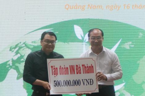 Doanh nghiệp tỉnh Quảng Nam hỗ trợ 2,5 tỷ đồng phòng chống dịch COVID-19