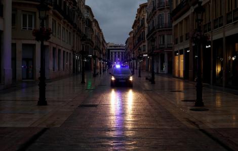Tây Ban Nha quốc hữu hóa tất cả bệnh viện tư để chống đại dịch COVID-19