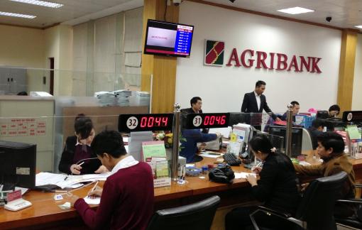 Agribank ủng hộ 10 tỷ đồng chung tay phòng chống dịch COVID-19
