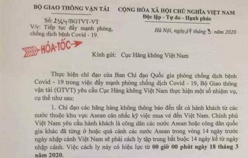 Khách đi máy bay nội địa Việt Nam cũng phải khai báo y tế