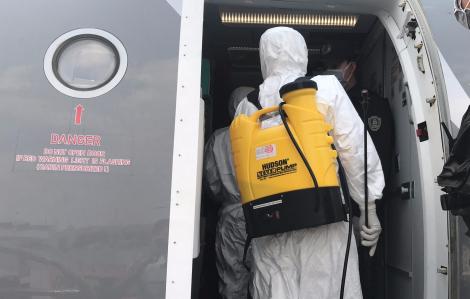 Bộ Y tế thông báo tìm hành khách trên 2 chuyến bay có bệnh nhân COVID-19