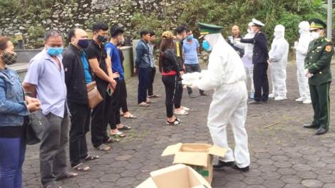 Hơn 500 người Việt từ Lào trở về qua các cửa khẩu ở Quảng Trị, Hà Tĩnh