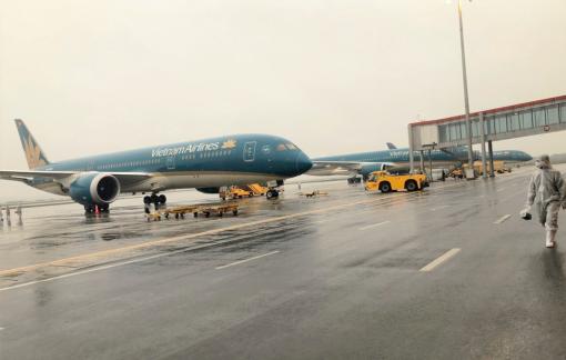 Vietnam Airlines tiếp tục dừng bay giữa Việt Nam và Nga, Đài Loan