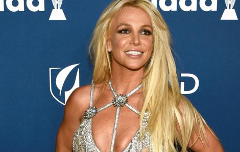 Britney Spears dạy yoga, mách mọi người cách giữ sức khoẻ trước dịch COVID-19