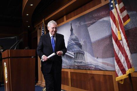 Thượng viện Mỹ thông qua dự luật chống COVID-19