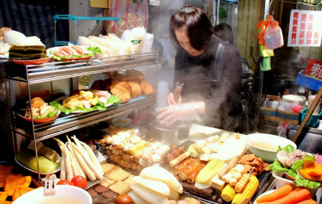 Đài Loan khuyến khích người dân mua sắm càng nhiều càng tốt