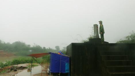 """259 sinh viên tình nguyện chống dịch ở biên giới: """"Quê hương ơi, có chúng con đây"""""""
