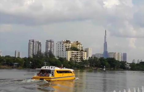 Buýt đường sông Sài Gòn cũng đìu hiu vì dịch COVID-19