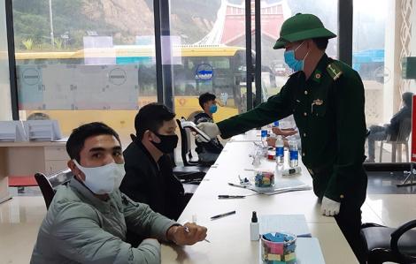 Quảng Bình, Quảng Trị căng mình đón dân giữa dịch COVID-19