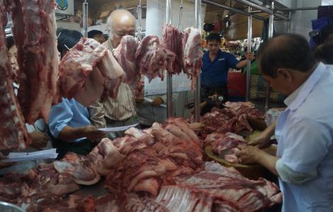 Vì sao liên Bộ tìm mọi cách để giảm giá thịt heo?