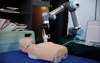 Trung Quốc chế tạo robot giúp chẩn đoán bệnh nhân COVID-19