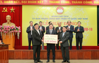 Tập đoàn Hưng Thịnh ủng hộ 20 tỷ đồng cho y, bác sĩ nơi tuyến đầu chống dịch COVID-19