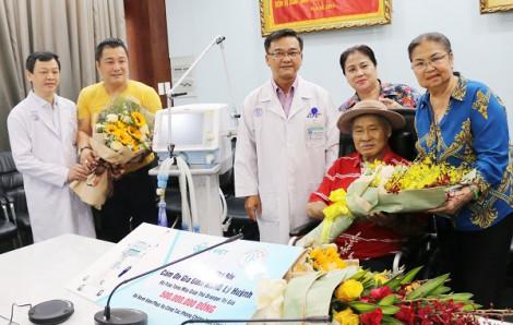 Gia đình nghệ sĩ Lý Hùng góp 500 triệu đồng chống dịch COVID-19