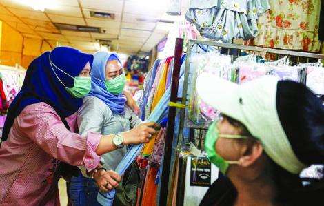Người nghèo Indonesia khó xoay xở giữa dịch COVID-19