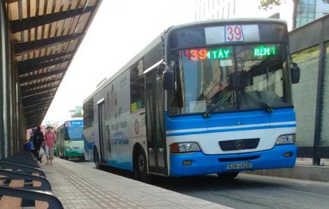 TPHCM cắt giảm 60% chuyến xe khách, dừng 54 tuyến xe buýt để phòng dịch bệnh